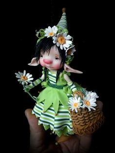 Polymer Clay Dolls, Polymer Clay Projects, Dragons, Kobold, Elves And Fairies, Fairy Clothes, Fairy Figurines, Clay Figurine, Doll Painting