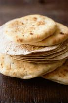 A pinner says: It took forever, but I finally re-found this flat bread recipe.  I'm pinning it this time so I don't lose it again.  Great quick bread for pizza or sandwiches!