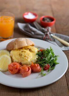#Eggs #Benedict with #smoked #salon. Yummy! Camembert Cheese, Burgundy, Eggs, Restaurant, Food, Diner Restaurant, Essen, Egg, Meals