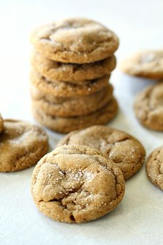 Soft and Chewy Ginger Cookies Recipe - Yummy Recipes Ginger Molasses Cookies, Ginger Bread Cookies Recipe, Ginger Snap Cookies, Coconut Cookies, Baking Cookies, Coconut Recipes, Apple Recipes, Baking Recipes, Cookie Recipes