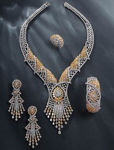 yessayan jewellery Moda mall boasts the largest fine jewellery collection in bahrain, with over 50  brands on offer.