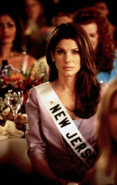 Sandra Bullock (as Gracie Hart) in Miss Congeniality (2000) #misscongeniality