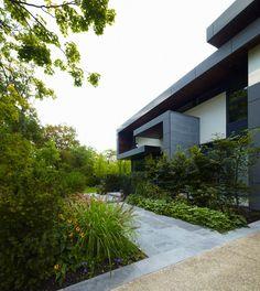 Toronto Residence by Belzberg Architects | HomeDSGN