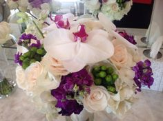Hydrangeas, roses and Paleonopsis orchids, did I say elegant!