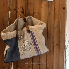 { 햄프린넨 패치워크 빅백 ; 재입고 } : 네이버 블로그 Grain Sack, Handmade Bags, My Bags, Burlap, Pouch, Reusable Tote Bags, Sewing, Womens Fashion, Sachets