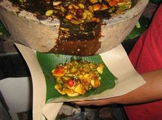Kenikmatan Rujak Aceh Samalanga - Aceh Tourism And Culture Indonesian Cuisine, Indonesian Recipes, Tourism, Sweet Treats, Mexican, Yummy Food, Snacks, Traditional, Cooking