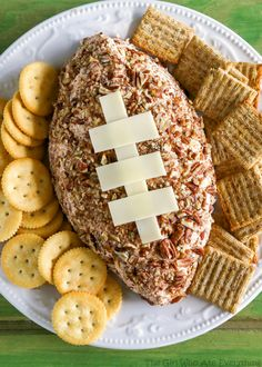 This Ham and Cheddar Cheese Ball couldn't be any easier. Only 6 ingredients! Perfect for the Super Bowl! As I was asking my husband his opinion on this cheese ball he said he rarely meets a cheese ballhe doesn't like. This one is so simple and good! That's why I love it. I have a …