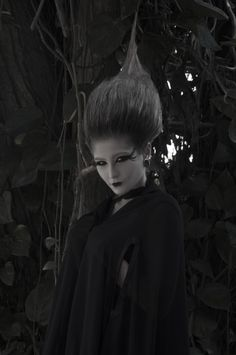 "LUNATIKA. Fashion editorial. Gothic. Inspired by ""The Strange Case of Dr. Jekyll & Mr. Hyde"" film (1931). Photography: Carolina Meneses."