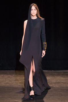 Fashion design inspiration haute couture stephane rolland 16 new Ideas Haute Couture Style, Couture Mode, Couture Fashion, Fashion Week, Fashion 2017, Trendy Fashion, High Fashion, Fashion Beauty, Fashion Show