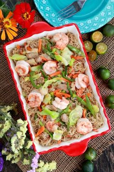 Pancit Bihon or Guisado is an all-time favorite Filipino fried noodles dish made from rice vermicelli, shrimps, meat and mix of vegetables. Mamon Recipe, Biko Recipe, Biscocho Recipe, Stir Fry Noodles, Fried Noodles Recipe, Gnocchi, Pork Hamonado Recipe, Pancit Bihon Recipe, Steamed Pork Buns