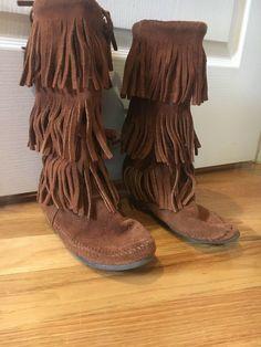 1832ac1ae489 Minnetonka Boots Girls Size 5  fashion  clothing  shoes  accessories   kidsclothingshoesaccs