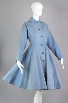 Rare 1940s-1950s Lilli Ann New Look Princess Coat in Powder Blue Eyela – The Vintage Net