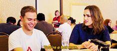 You're a hot man. || Iain De Caestecker, Elizabeth Simmons || SDCC 2015 || 500px × 220px || #animated #cast