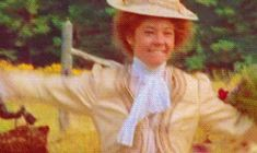 That moment when Anne and Marilla run to hug each other (gif). <3