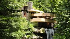 Recognized as 'the greatest American architect of all times', Frank Lloyd Wright designed an extraordinary house known as Fallingwater that redefined the r