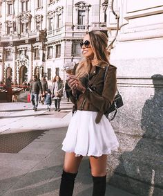 Discovered by Find images and videos about girl and style on We Heart It - the app to get lost in what you love. Funky Outfits, Winter Outfits, Summer Outfits, Winter Skirt Outfit, Skirt Outfits, Caroline Einhoff, Fade Styles, All About Fashion, Fashion Boutique