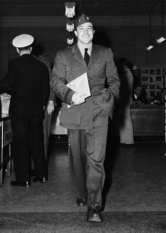 U.S. Navy Lt. j.g. Gene Kelly seen here in his uniform in late 1944. Kelly enlisted in the U.S. Naval Air Service and was stationed in the Photographic Section, Washington D.C. which is where this photo was taken.