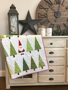 Santa In The Trees Quilt Pattern | Craftsy