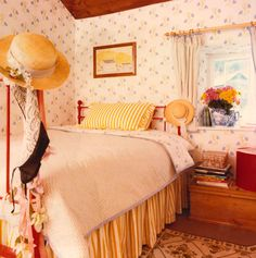 Laura Ashley circa 1981, loved her bedrooms, would certainly decorate with pretty wallpapers and bedding!