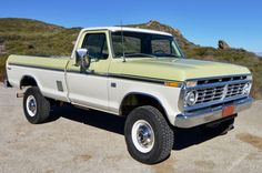 Vintage Trucks Bid for the chance to own a No Reserve: 1975 Ford at auction with Bring a Trailer, the home of the best vintage and classic cars online. Ford Pickup Trucks, New Trucks, Cool Trucks, Lifted Trucks, Chevy Trucks Older, Lifted Chevy, Ford F 250, Ford 4x4, F250 Ford