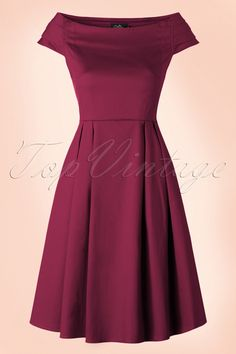 Best 12 Dress it up or keep it basic; this stunning Marcia Dress in Wine by Dolly and Dotty will never disappoint you! This beauty takes you on a trip down memory lane; a classic cut, beautifully fitted top featuring an elegant off-shoulder boat neck Pin Up Dresses, Trendy Dresses, Nice Dresses, Casual Dresses, Fashion Dresses, Midi Dress Plus Size, Plus Size Dresses, Miss Mode, Swing Rock