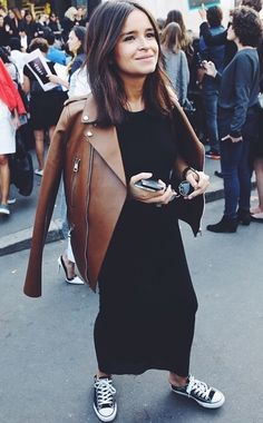 Long black maxi and leather jacket with sneakers