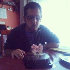 29 añitos ya! #29 #birthday #happy #love #party #happybirthday #family #fun #present #gift #celebration #birthdaycake #me #celebrate #chocolate #brother #friend #dinner #food #loveyou #celebrations #best #friends #aniversario #feliz #familia #amigos #cumpleaños #felicidades #presente
