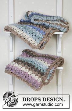 Free knitting patterns and crochet patterns by DROPS Design Drops Design, Knitted Afghans, Baby Afghans, Knitting Patterns Free, Crochet Patterns, Free Knitting, Crochet Design, Wool Baby Blanket, Drops Baby