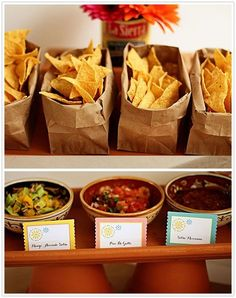 Mexican Fiesta Taco Bar - served chips and three different kinds of salsa for an appetizer. For the main course, set up a taco bar with all of the fixings so that the guests could choose for themselves what they wanted on their tacos. Salsa Bar, Nachos, Havanna Party, Party Fiesta, Mexican Fiesta Birthday Party, Party Party, Beach Party, House Party, Snacks