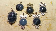 Pendnts with used denim. Made by Alexandra Reiner - etsy shop 'Chest of Beads' I Shop, Etsy Shop, Drop Earrings, Beads, Denim, Shopping, Jewelry, Fashion, Earrings