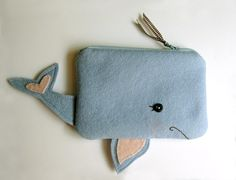 A Whale of a Pouch by blueberrybandit on Etsy Felt Crafts, Fabric Crafts, Sewing Crafts, Sewing Projects, Costura Diy, Diy Accessoires, Ladder Stitch, Diy Couture, Fabric Bags