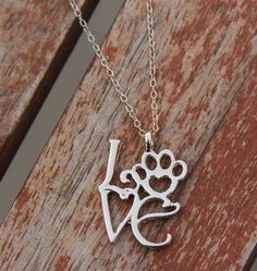 the sweetest necklace for animal lovers