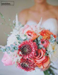 6 Appreciate Tips AND Tricks: Wedding Flowers Baby Breath Bouquet boho wedding flowers casamento. Coral Wedding Colors, Boho Wedding Flowers, Flower Bouquet Wedding, Floral Wedding, Pastel Bouquet, Bohemian Weddings, Bohemian Bride, Flower Bouquets, Vintage Weddings