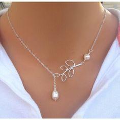 Pearl Short Necklace  #motherhood #summer #shopnow #socute #momtobe #gorgeous #fashion #babybump #pregnancy #maternityclothing