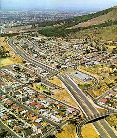 The newly completed Eastern Boulevard proved to be a very welcome addition to motorists entering the city from the Southern suburbs and the Cape flats. Cape Town South Africa, Historical Pictures, Belleza Natural, Old Photos, Vintage Photos, Woodstock, Landscape Photography, City Photo, Places
