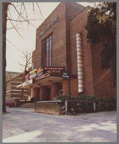 Het Grand Théâtre aan de Snouckaertlaan 4, voor de verbouwing van 1977. | if then is now