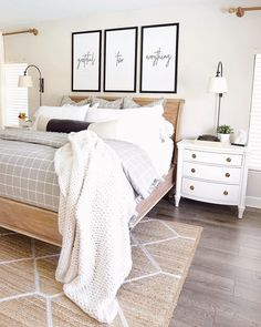 Make it cozy - - Shop the Official Site for Sleep Number adjustable beds, memory foam mattresses, kids beds, bedding, pillows & more. Know better sleep & comfortable adjustability with Sleep Number. Adult Room Ideas, Bedroom Ideas For Small Rooms Diy, Room Ideas Bedroom, Small Room Bedroom, Diy Bedroom, Adult Bedroom Decor, Small Bedrooms, Parents Room, Woman Bedroom