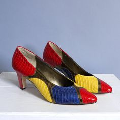 vintage Primary Colors Snake reptile Leather shoes heels pumps sz 6.5 on Etsy, $49.00
