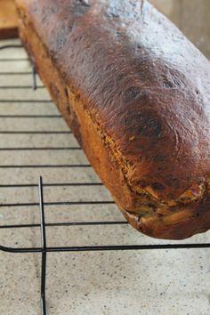 Cozonac cu ciocolata, marmorat   Rețete - Laura Laurențiu Bread, Brot, Baking, Breads, Buns