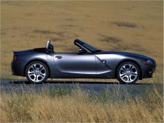 For Buying or Selling Canadian Cars #BMW Z4 Sdrive35i, Visit Here http://www.thecanadianwheels.ca/ For More Cars