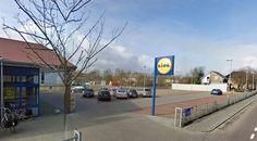Lidl Andijk wil fors uitbreiden, vooral meer parkeerplaatsen.