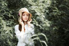 Vietnam girl - null