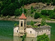 Abandoned Church Built in 1850 (St. Nicholas) Mavrovo, Macedonia, which stood for 153 years. Old Abandoned Buildings, Old Buildings, Abandoned Places, Beautiful Ruins, Beautiful Places, Albania, Bulgaria, Republic Of Macedonia, Interesting Buildings