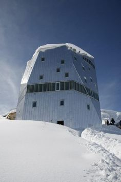 Architizer Blog » Heidi Never Slept In An Alpine Cottage Like This