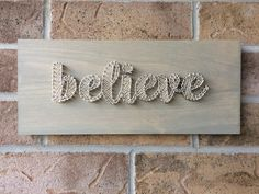 String Art - believe Home Crafts, Arts And Crafts, Diy Crafts, Nail String Art, Old And Teen, Art Addiction, Church Crafts, Wooden Crafts, Pebble Art