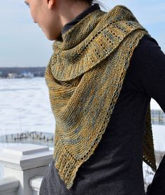 Ravelry: Rippling, a side to side knitted shawl pattern by Sarah Punderson