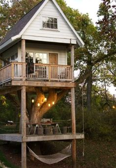 Brilliant treehouse!