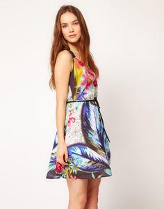 Perfect little tropical dress for summer.  #SKECHERSPinToWin