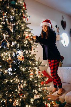Christmas Tree, Christmas Tree Decorating Photos Pinterest: @hueherrick