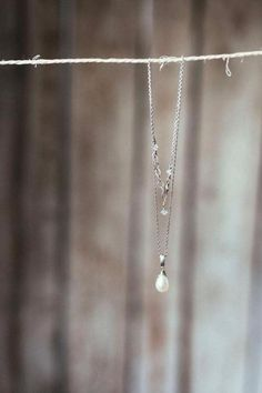 Finearts, bryllupsfotograf og historieforteller. Tilgjengelig på verdensbasis- Based in Lofoten Islands, Norway. finearts,wedding,bryllupsfotograf,historieforteller, Arrow Necklace, Pearl Necklace, Lofoten, Pearls, Silver, Jewelry, String Of Pearls, Jewlery, Jewerly